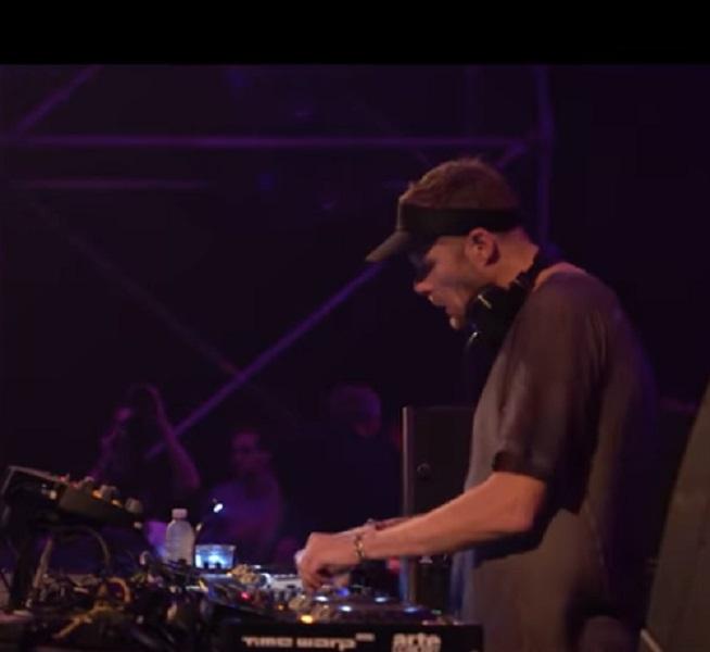 L'un des plus grands DJ Techno, Adam Beyer du label Drumcode