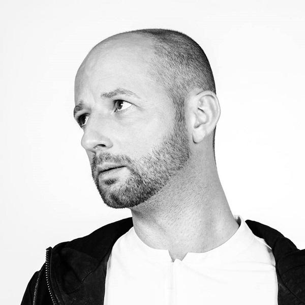 Felix Krocher et son radioshow sur Radio Klub