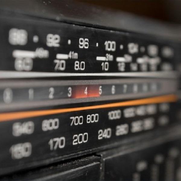 Toute l'histoire de la FM aux web radios